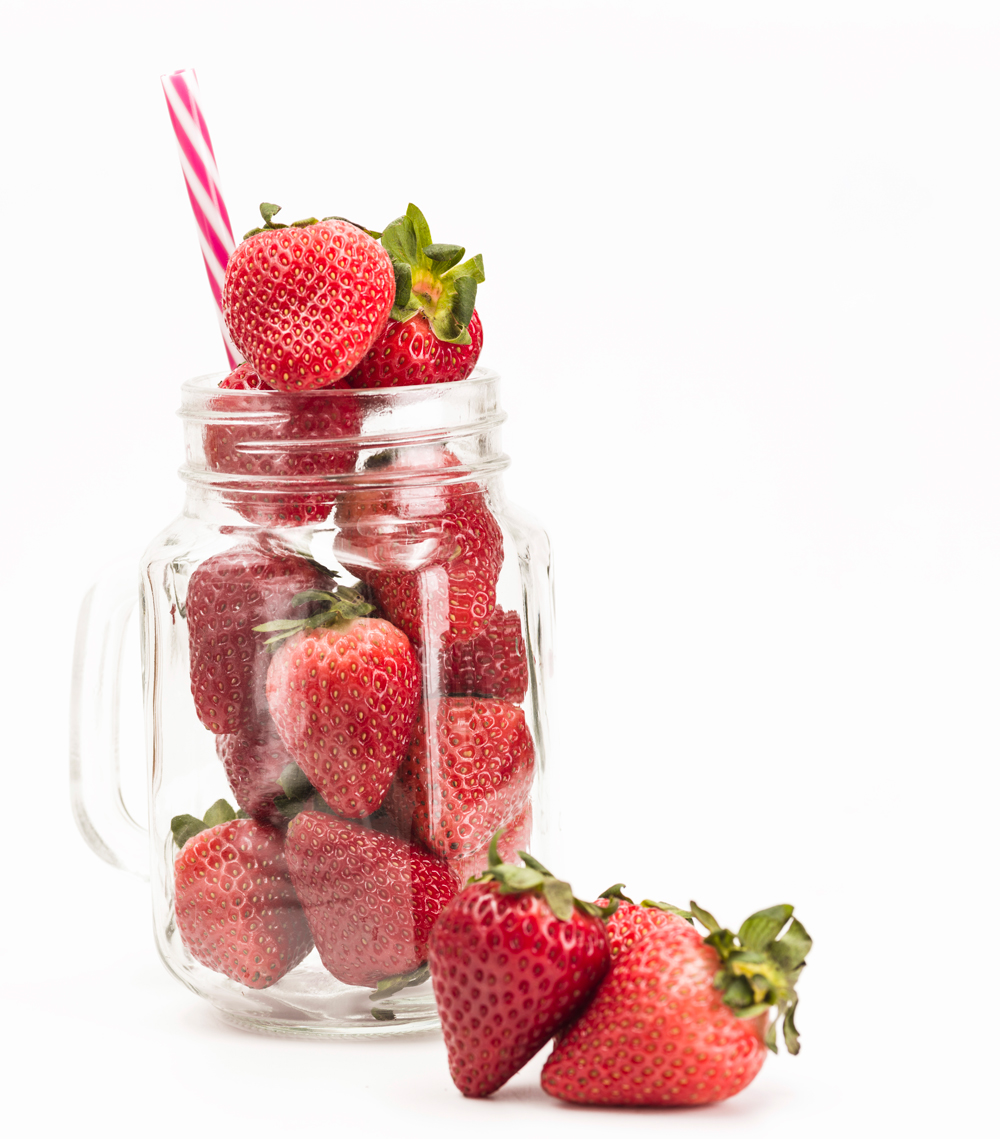 Fresh Strawberry Butter.A simple but delicious spread that goes well with so many things - french toast, muffins, croissants, and so much more. It only takes 3 ingredients and 5 minutes to make this strawberry butter.