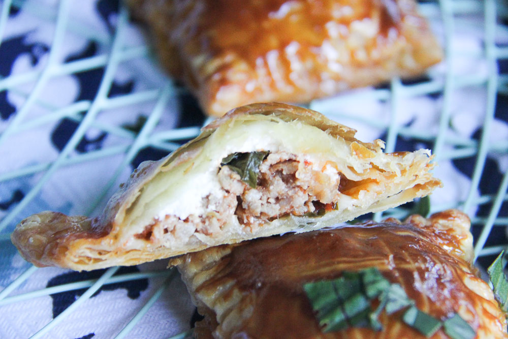 Italian hand pies. Scrumptious sausage filling. Completely irresistible. Totally addictive. These dainty hand pies are full of flavor and gooey cheese and one of the most delightful pies you can make any time.