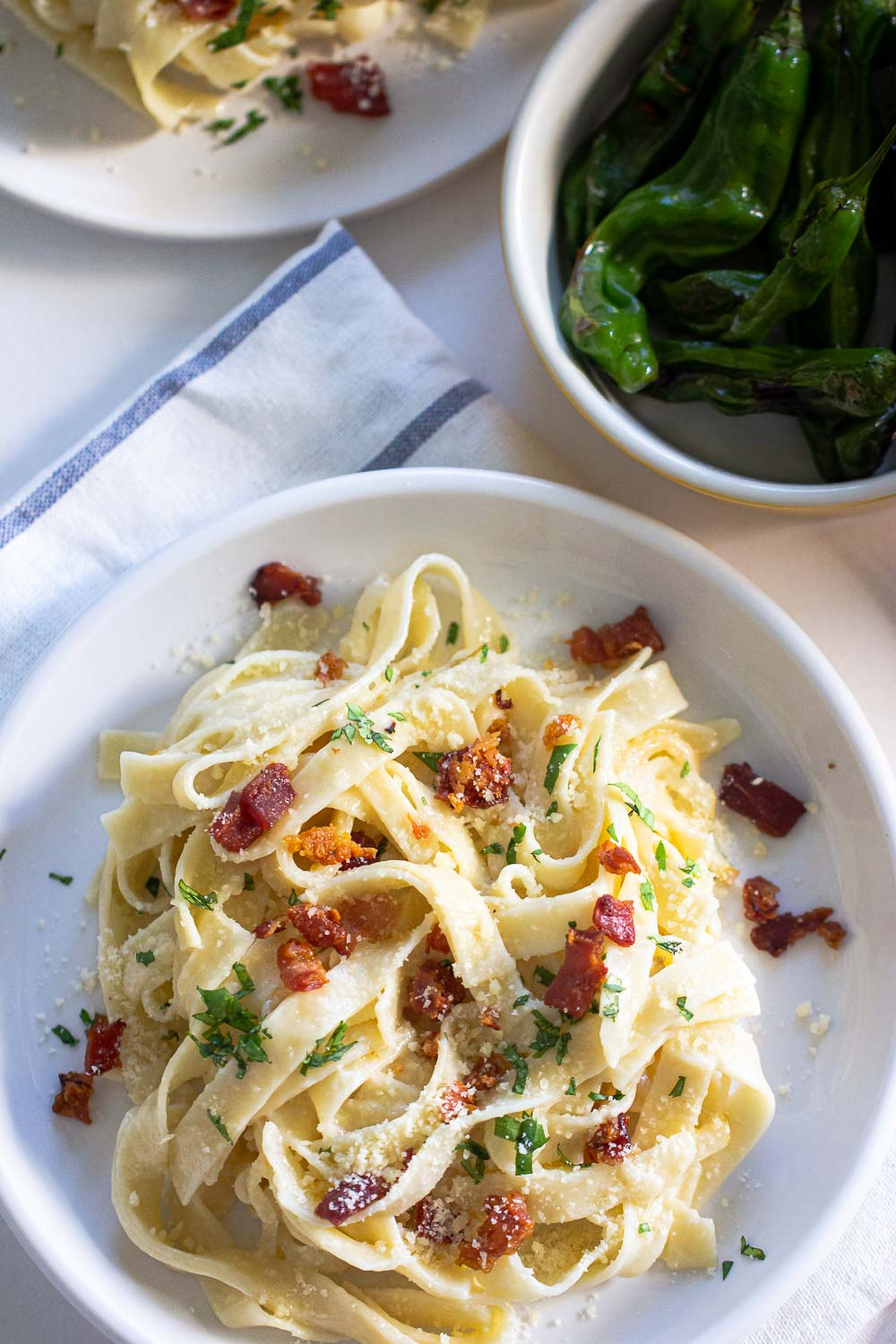This creamy pear and mascarpone pappardelle get its kick from pear tossed in mascarpone cheese and crispy prosciutto. Ready on the table in 15 minutes and it's perfect for a quick weeknight recipe.