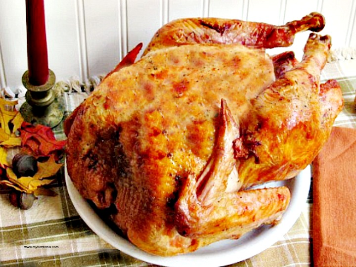 See our tips for cooking an unstuffed turkey plus turkey cooking times to have a moist roast turkey. And how long to cook an unstuffed turkey plus we have included information on how to roast a turkey in a roaster.