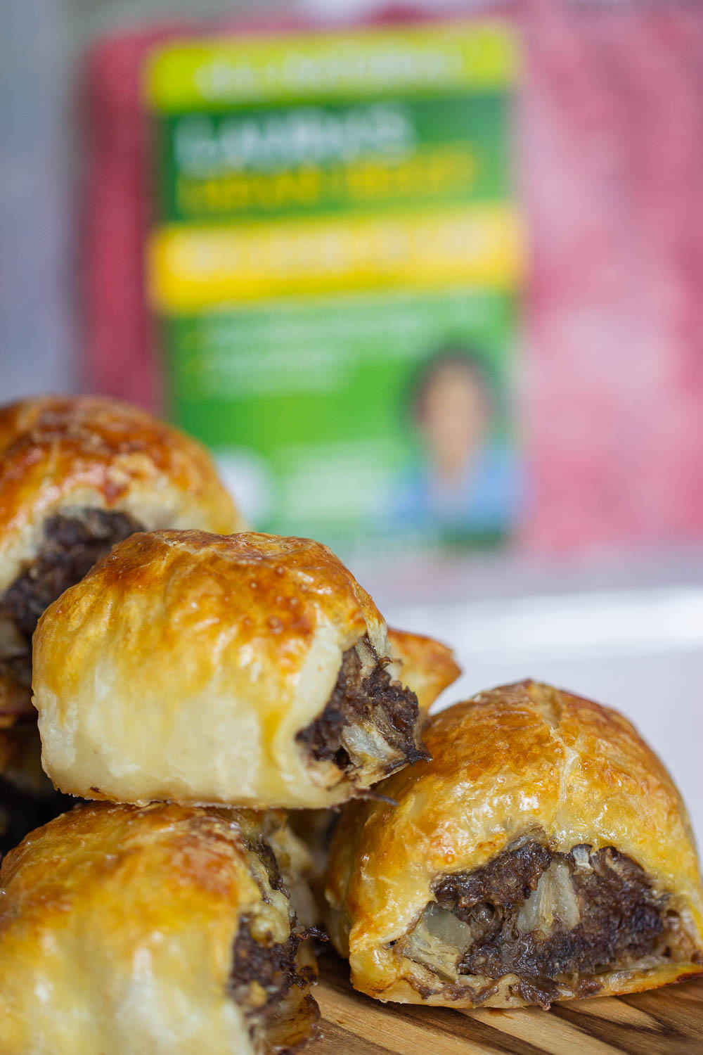 Who doesn't love a sausage roll? These Dutch sausage rolls are so easy to make and perfect for a quick snack, breakfast, and party appetizer. Bite-sized, yet they feed the crowd.
